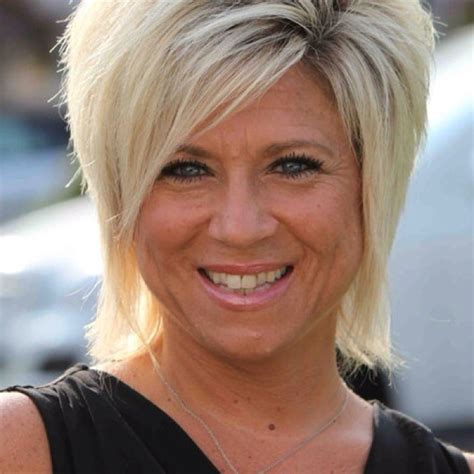 theresa caputo hair cut what is island medium hair cut called sassy medium