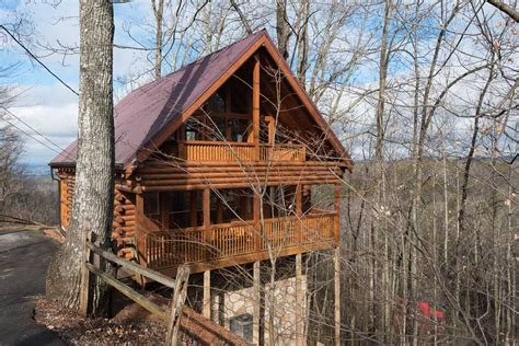 Cabin In Pigeon Forge Tn by Pigeon Forge Cabin Rentals In The Trees