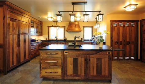 cocinas rusticas elegancia de madera