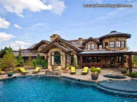 ridiculous house n pool home pinterest luxury backyard retreat homes house pool ideas design