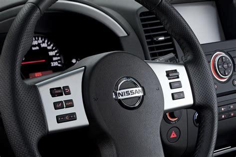 nissan navara 2013 interior صورة عجلة القيادة للسيارة نيسان نافارا 2014 المرسال
