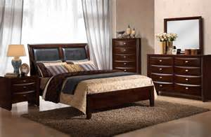 traditional 5 bedroom set with upholstered headboard