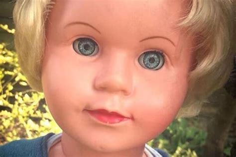 haunted doll peggy zak bagans has seance with possessed doll peggy on