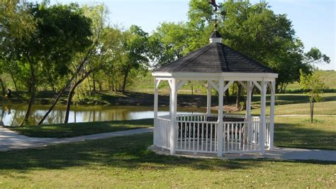 gazebo live panoramio photo of gazebo at live oak city park
