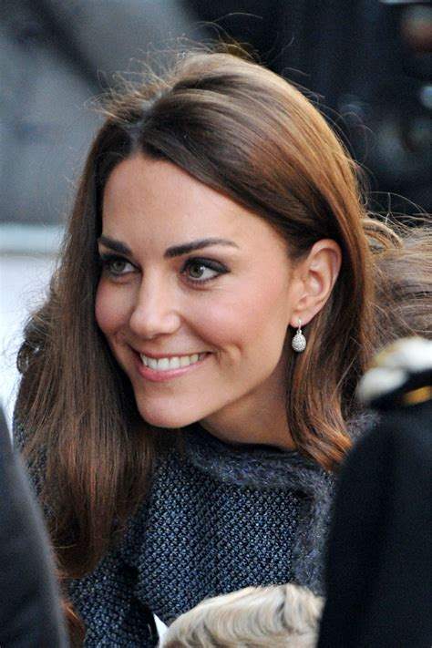 hair and makeup cambridge kate middleton the duchess of cambridge wearing her