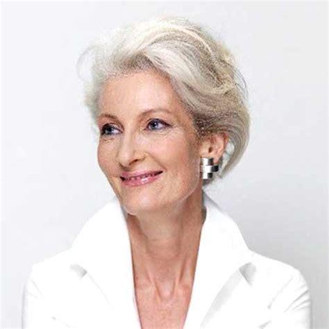 crew cuts on older women 2017 best short haircuts for older women short haircuts