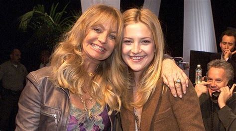 goldie hawn mother goldie hawn has another side to her kate hudson