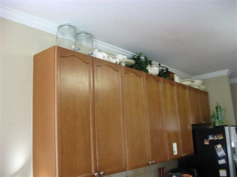 molding on top of kitchen cabinets molding on top of kitchen cabinets crown molding on top