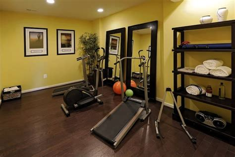 decorating a home gym small home gym decor home round