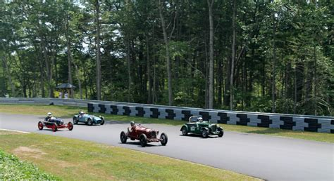 speedway motor sports participating in the thompson speedway motorsports park