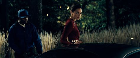 gal gadot di film batman vs superman batman v superman dawn of justice gal gadot in un