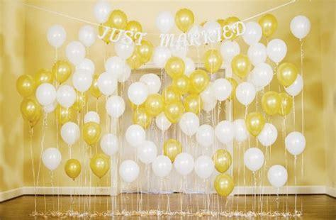 Cake Pop Bouquet Diy Balloon Backdrop Quot I Do Quot Diys Com