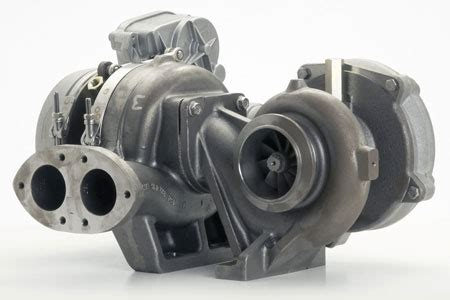 BorgWarner R2S sequential VGT turbocharger