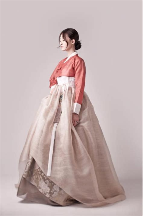 traditional korean 한복 hanbok korean traditional clothes dress beautiful