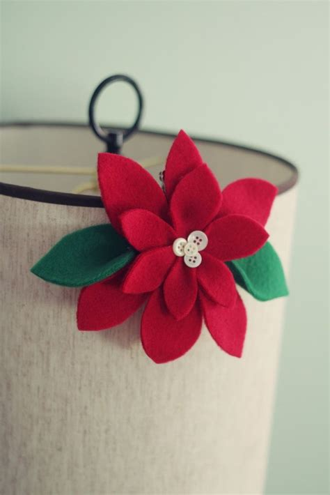 use felt to make this easy christmas crafts pretty