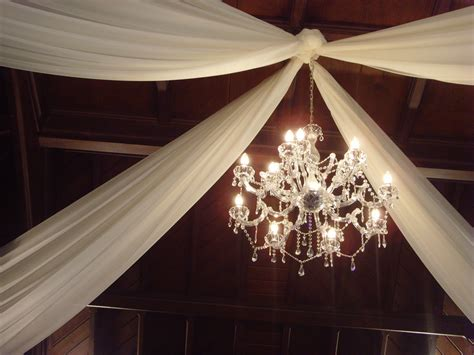 Material Decoration by Decorating The Ceiling With Fabric