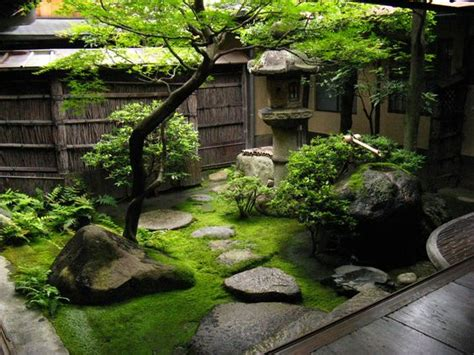 small japanese garden japanese gardens gardens and courtyards on