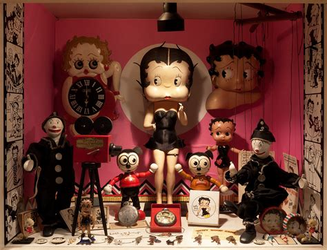 Buku Bump Into A Handsome Ghost betty boop the mel birnkrant collection