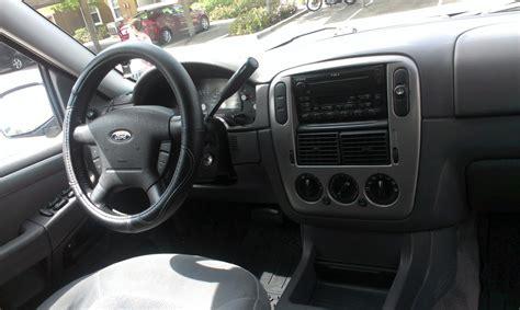 2004 Ford Explorer Interior 2004 ford explorer pictures cargurus