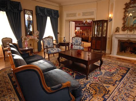 Livingroom Suites by Mouseplanet Photo Tour Disneyland S New Disneyland