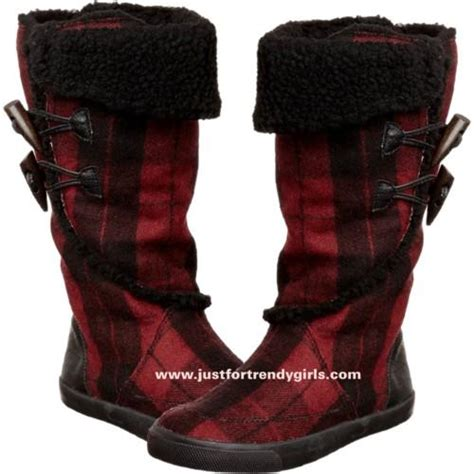 what is the most popular boot for teen boys rocket dog sneakers and boots for teens just for trendy