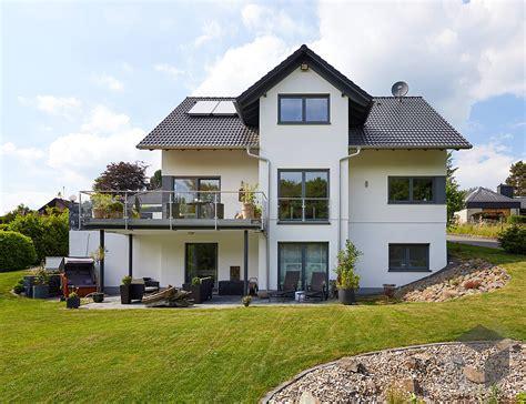 dreigeschossiges einfamilienhaus babelsberg von gussek