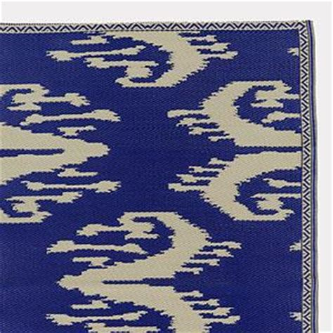 4 X 6 Blue And White Ikat Rio Mat Outdoor And Patio Ikat Outdoor Rug