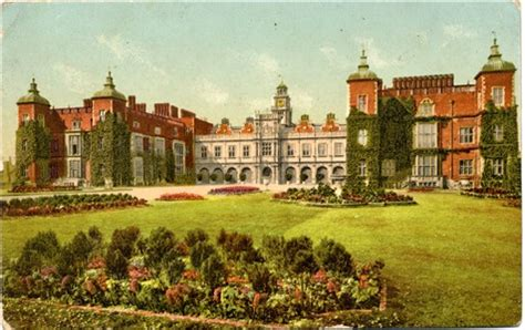 home of queen elizabeth hertfordshire genealogy places hatfield house