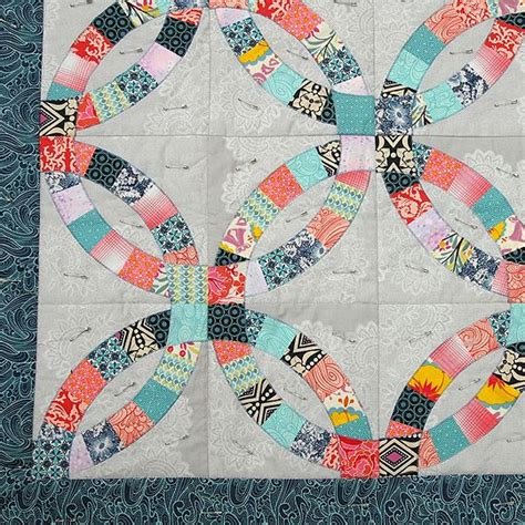 traditional double wedding ring quilt double wedding