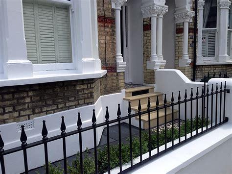Bull Nose York Stone Steps Daisy Grate Victorian Mosaic Garden Wall Railings