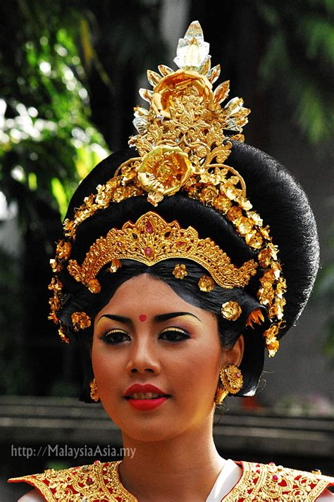 malaysian traditional hair styles festival of people and tribes in bali indonesia pt 1