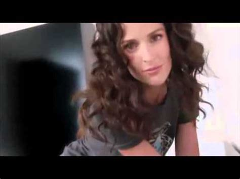 the woman in the olay commercials olay regenerist commercial suzana grebenar 2 2015
