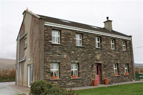 ireland bed and breakfast an riasc bed and breakfast ballydavid ireland b b