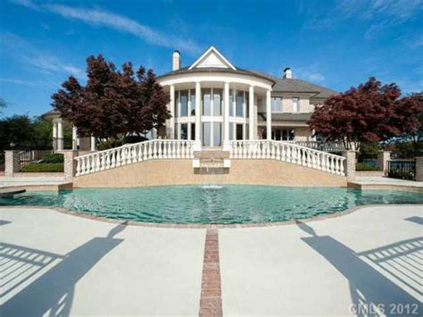 michael jordan house in nc michael jordan buys massive north carolina home for a great deal photos