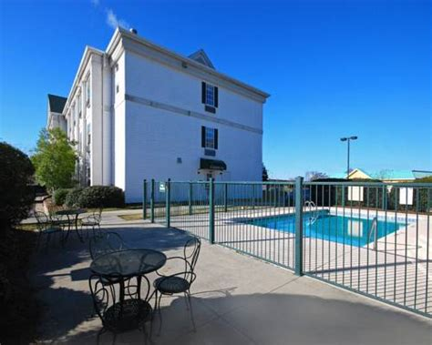 free puppies goldsboro nc quality inn goldsboro in goldsboro nc outdoor pool pets allowed non