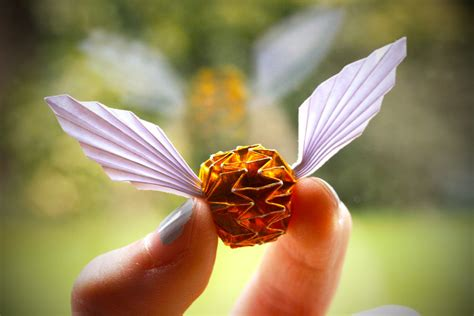 Origami Golden Snitch - golden snitch by synconi on deviantart