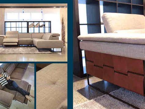 divani pelle prezzi outlet divano nicoletti mod square angolare in pelle prezzi