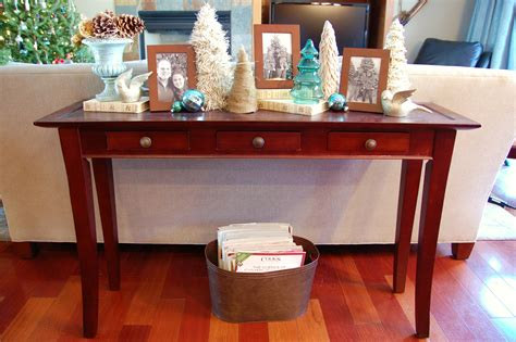 Christmas Decorating A Sofa Table Ideas Christmas Decorating Sofa Table Decorations