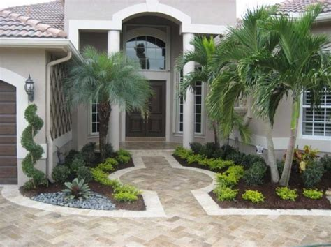 Simple Landscaping Ideas For Small Front Yards Home Ideas For Small Front Garden