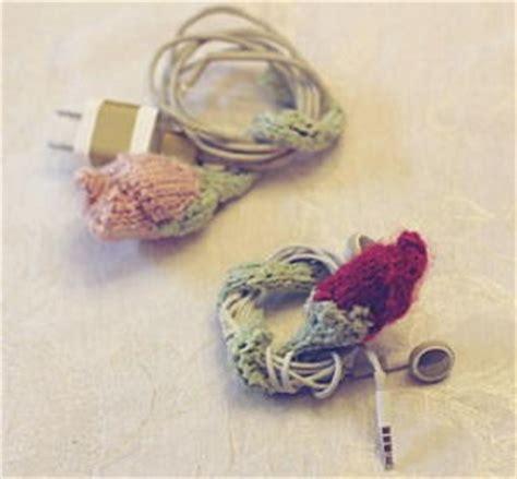 pattern for cord holder knitted rose cord holder allfreeknitting com