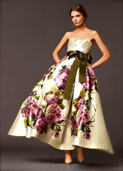 floral wedding dresses     breath
