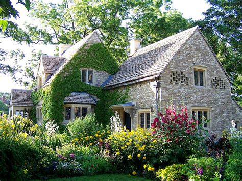 english cottage house english country cotswold cottage
