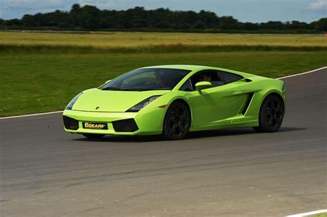 Lamborghini V by V Lamborghini Driving Experience 6th Gear