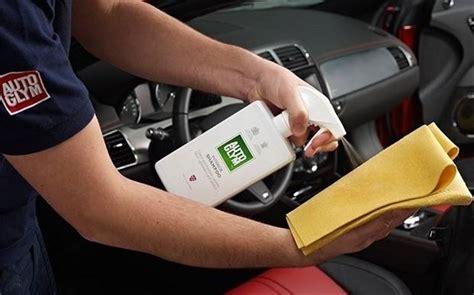 prodotti per pulire interni auto pulizia interni auto manutenzione automobile