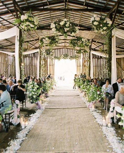 Wedding Aisle Ideas by Planning Barn Weddings Tips Facts That Ll Keep You Up