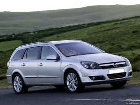 Opel Astra Specification Opel Astra 1 7 2013 Auto Images And Specification