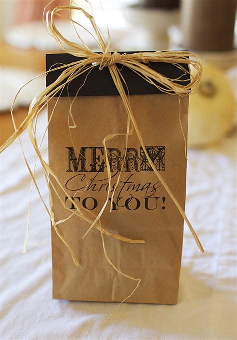 awesome gift wrap idea free printable on brown paper bag