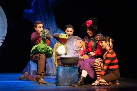 room on a broom live room on the broom live theatre review cardiff mummy sayscardiff mummy says