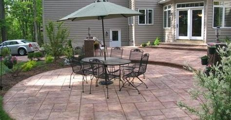 Difference Between Patio And Porch by What S The Difference Between A Lanai A Patio A Porch