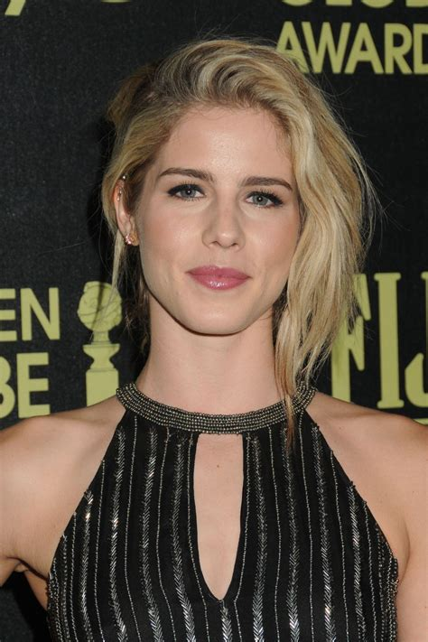 emily bett rickards emily bett rickards hfpa and instyle celebrate the 2016
